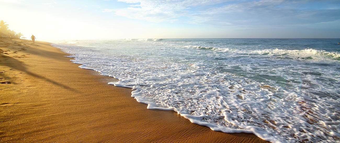 """""""La Selva Beach near a PR Glamping destination."""""""